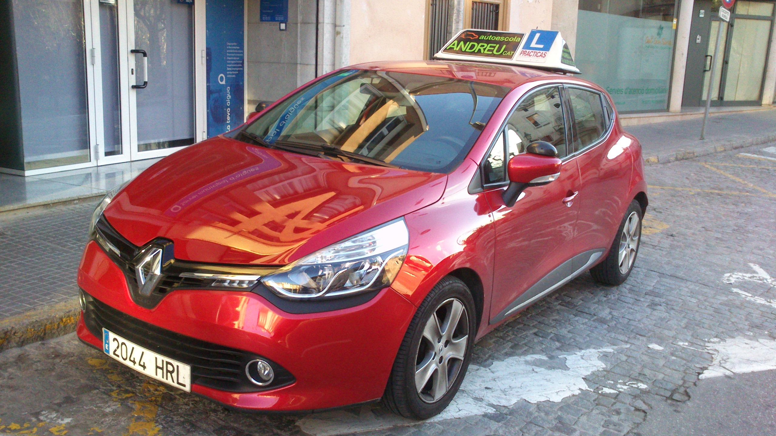 Renault Clio Vermell (5)